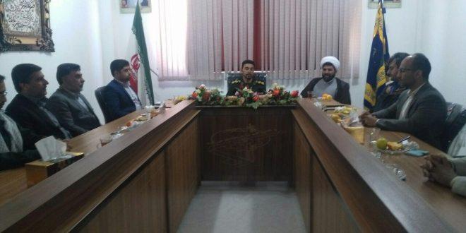 دیدار اعضای شورای شهر تایباد با فرمانده سپاه شهرستان تایباد، سرهنگ الهیاری به مناسبت روز پاسدار