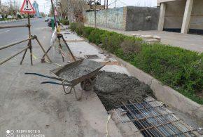 مهندس سیدالحسینی: جلوگیری از آبگرفتگی و کاهش بار ترافیکی از مزایا تعریض جداول خیابان امام خمینی(ره) می باشد