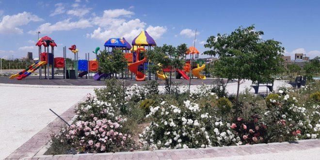 مجموعه شهرداری تایباد برای استقبال از نوروز ۱۴۰۰ کمر همت بستند.