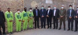 مسئولین عالی رتبه شهرداری به همراه اعضای شورای شهر در اولین روز سال نو با حضور در کنار کارگران از آنها تجلیل نمودند.