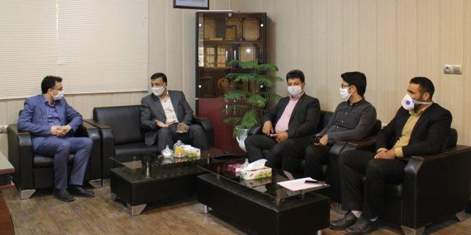 در دیدار شهردار تایباد با مسئولین منطقه ویژه اقتصادی دوغارون، بر تقویت ارتباط طرفین تاکید شد.